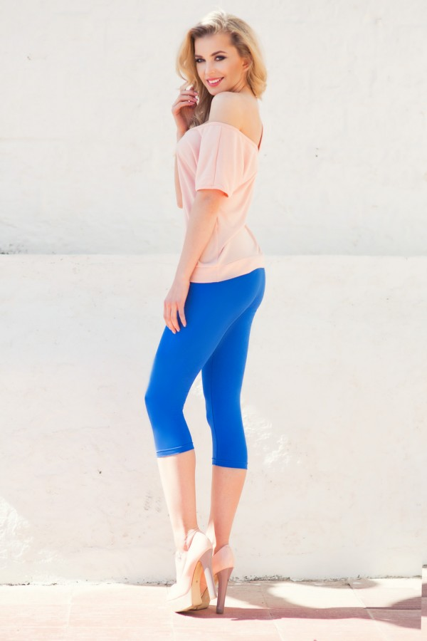Classic Cropped 3/4 Length Leggings...